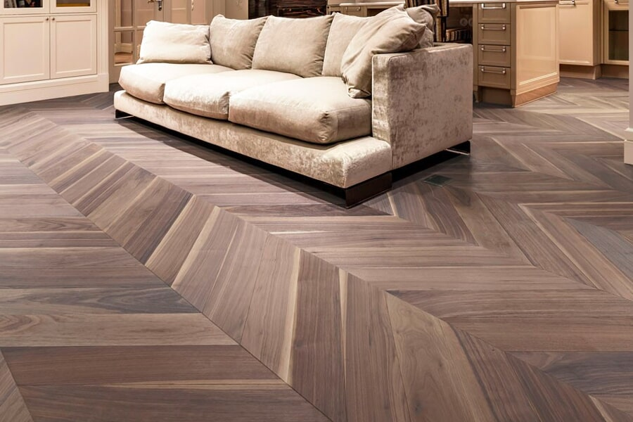 The Winnipeg & Toronto area's best hardwood flooring store is National Interiors
