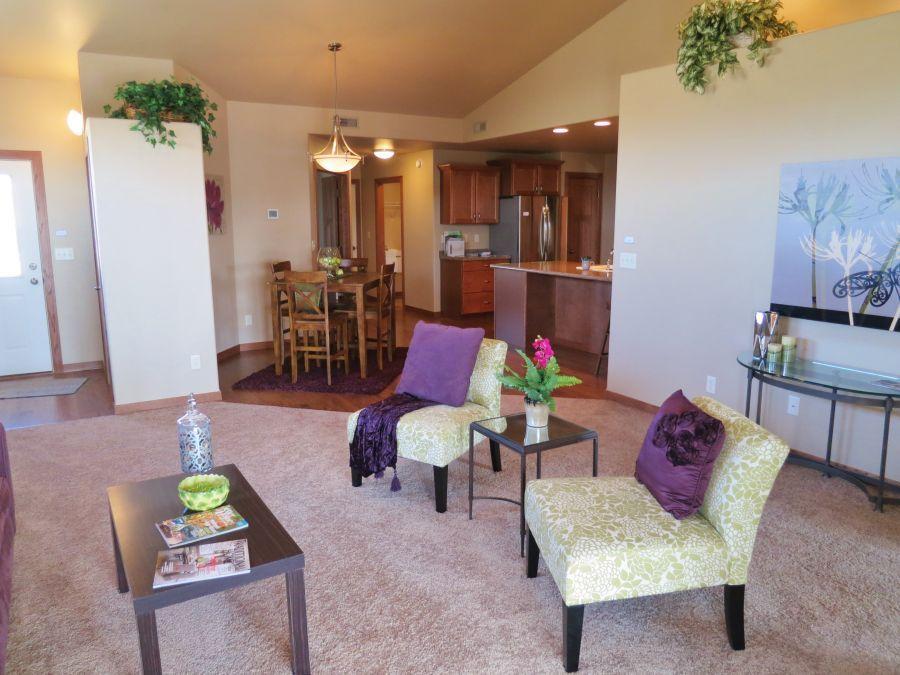 wellington-grande-living-room-dining-room-kitchen
