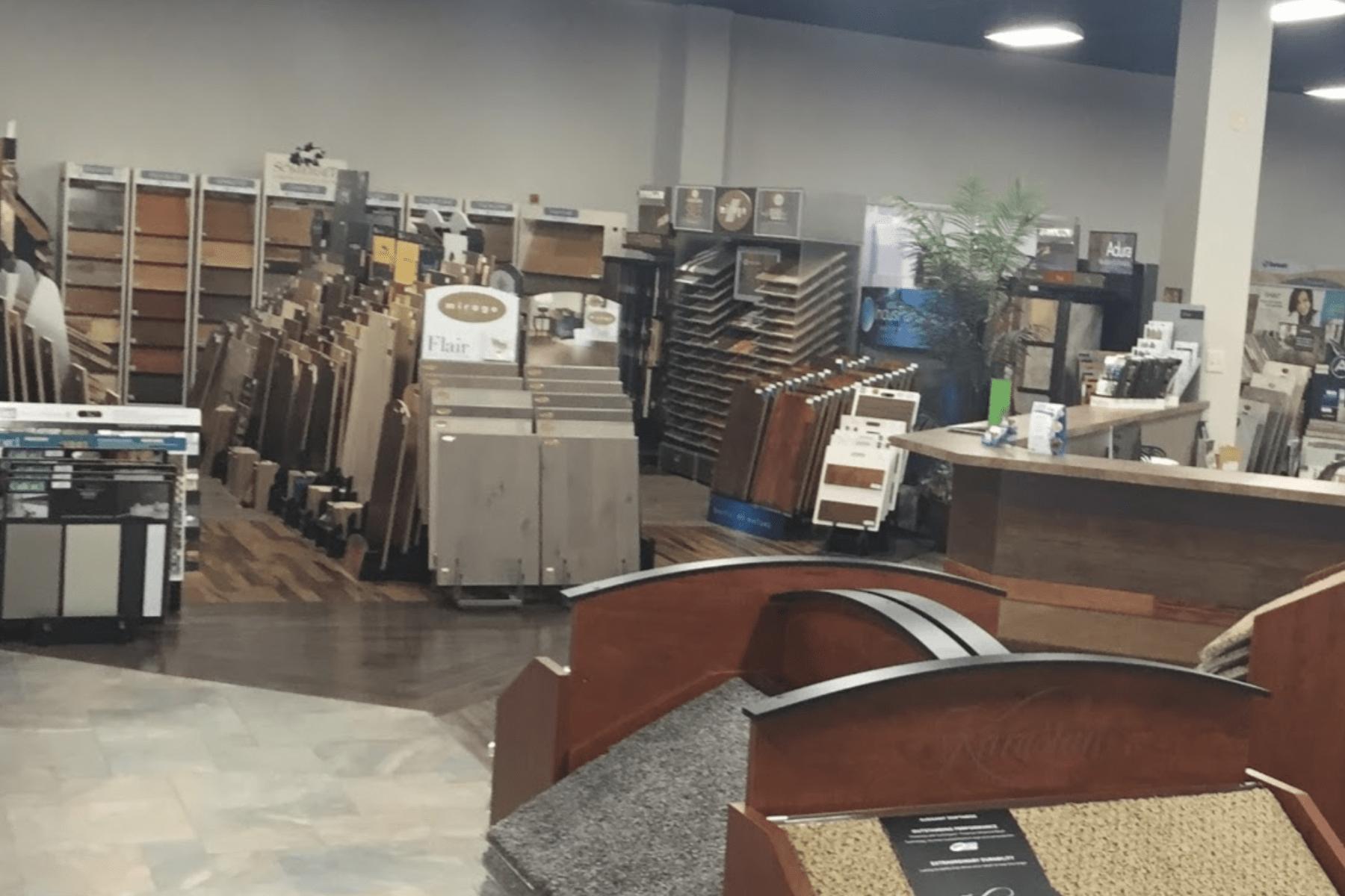 Floorz showroom in Copley, OH