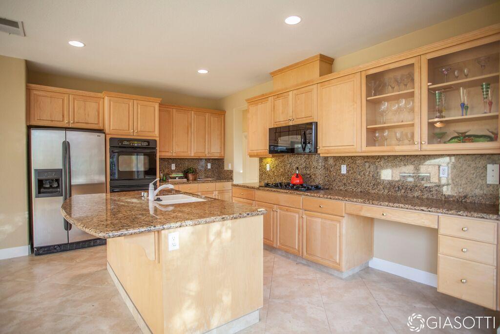 Custom remodeled floors and room in Folsom & Grani (4)