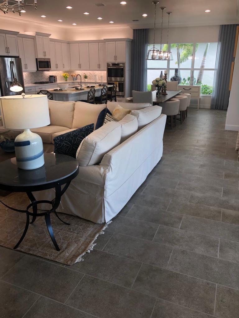 Ceramic & porcelain tile floors from Jason's Carpet & Tile