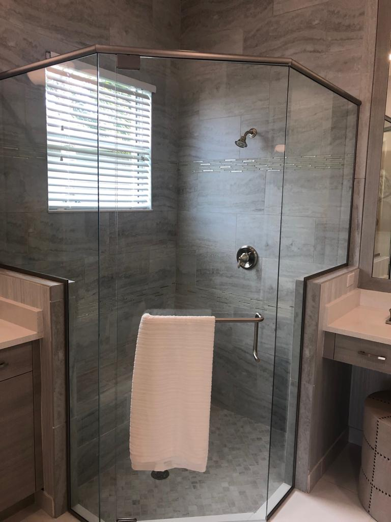 Ceramic & porcelain tiles for your new floor or shower