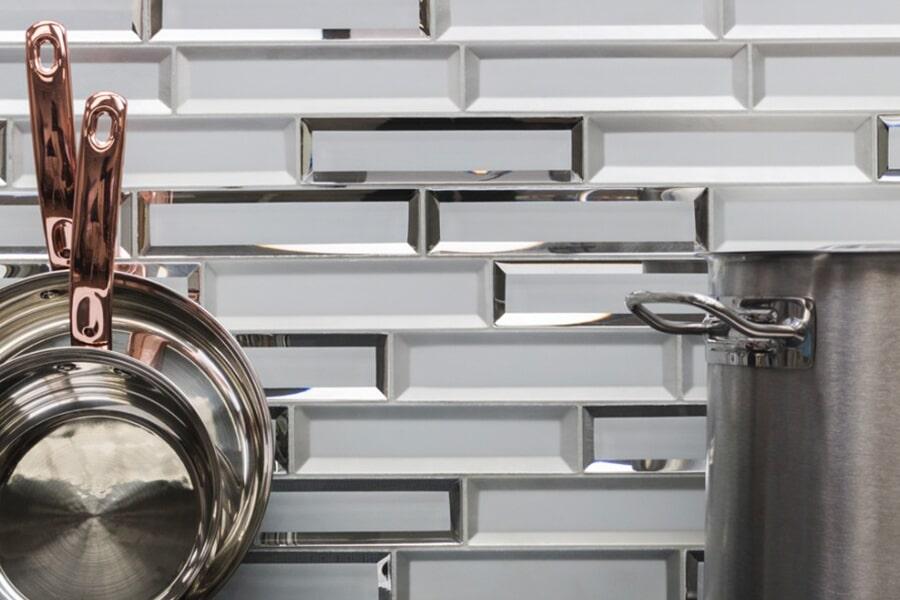 glass tile_0003_Reflection white ss1-reflcwhtglam