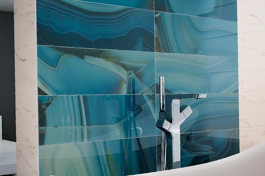 glass tile_0004_cosmopolitan-statuario-158-det-statuario-decor-aura-agate-glass-pav-statuario-milano-anthracite-b