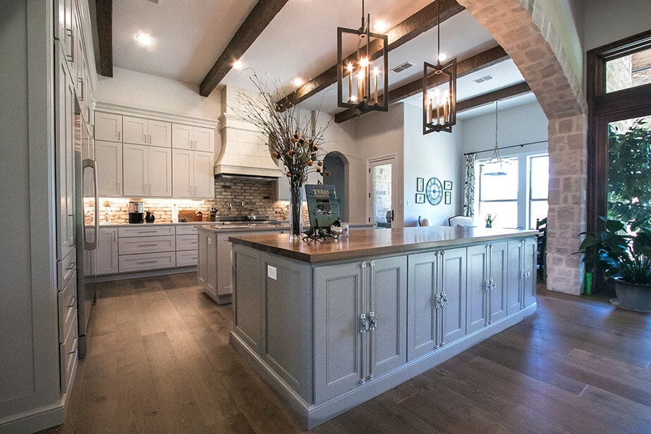 Kitchen remodeling near Belton by Surface Source Design Center