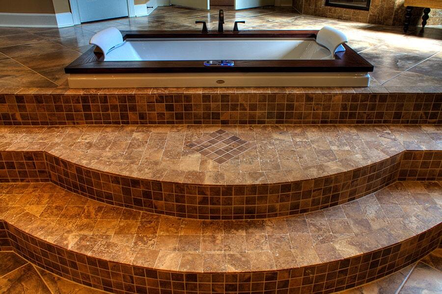 Lot-6-Master-Bath-Step-detail