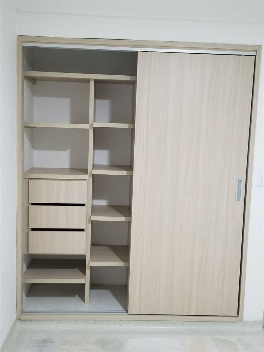 Mobarq S.A.S - Closet