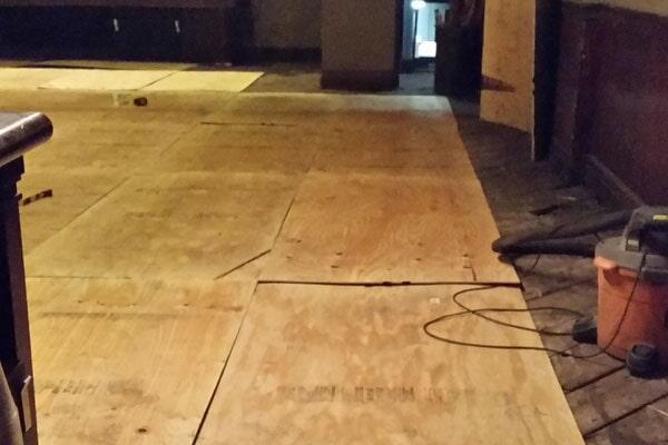 Flooring from Roman Floors & Remodeling in Redford, MI