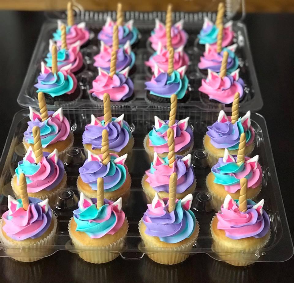 Unicorn swirled cupcakes
