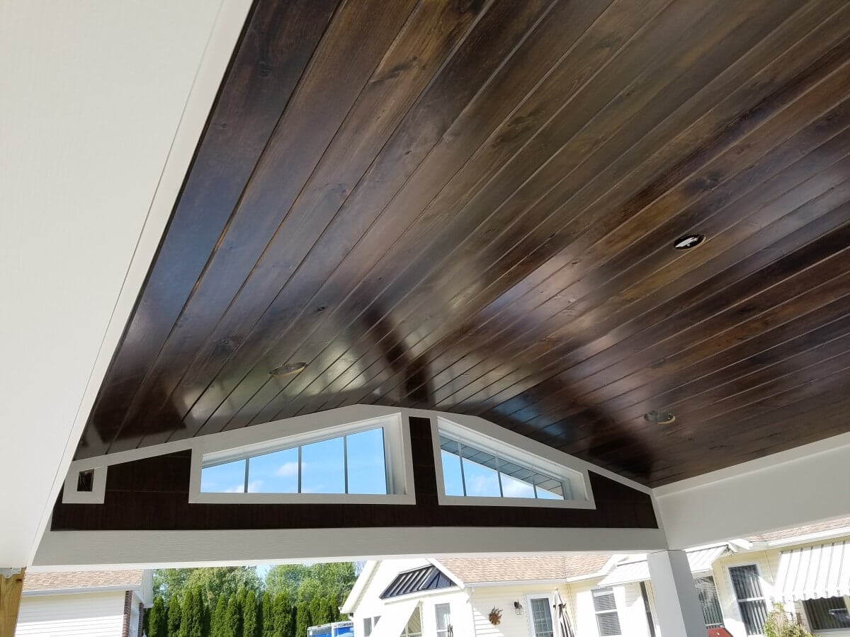 Stained wood accent on ceiling