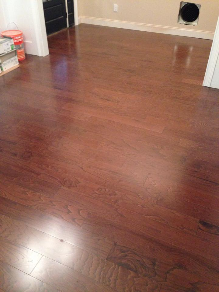 Medium to dark tone hardwood in Winder, GA