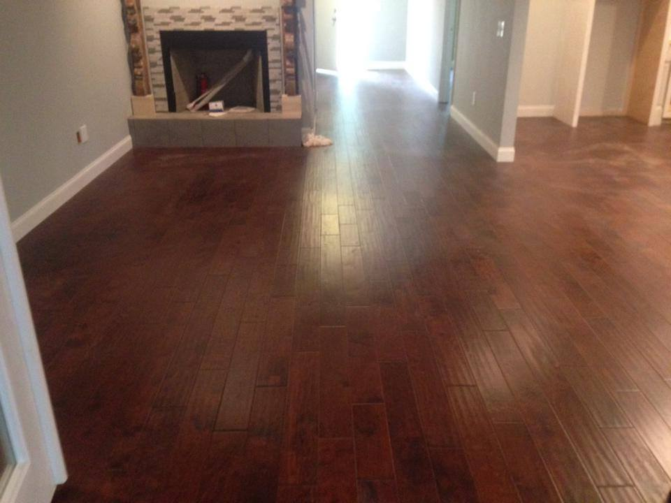 Natural texture dark tone hardwood flooring installation