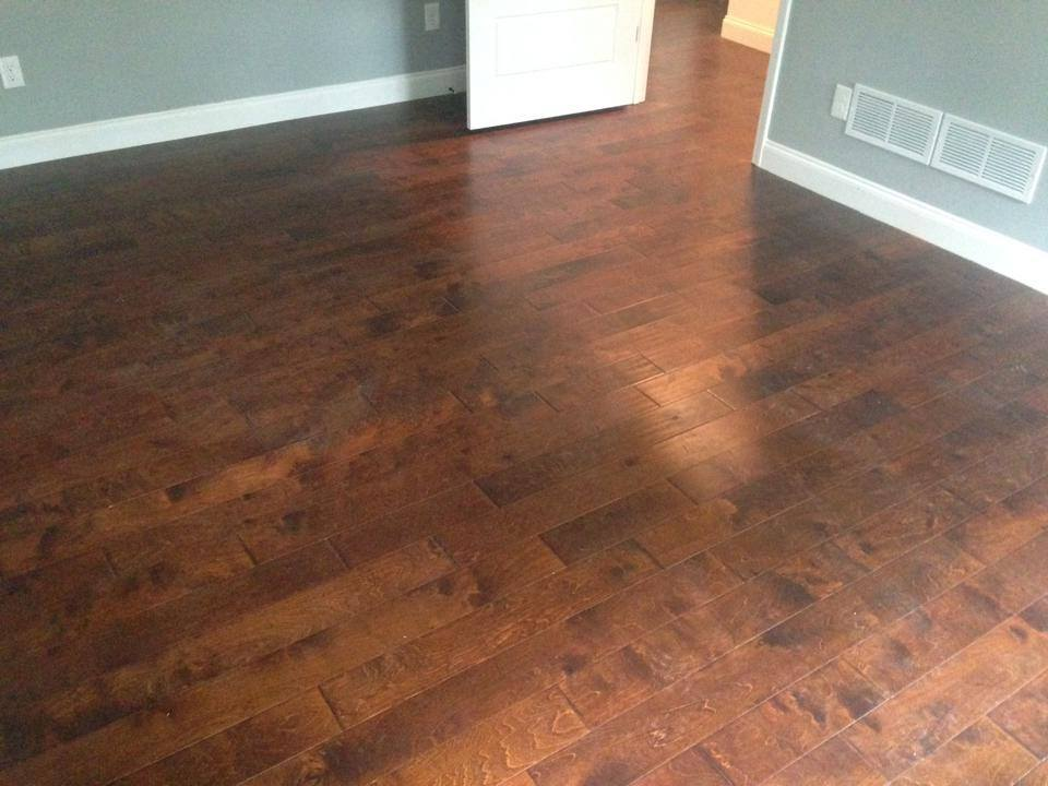 Medium color oak flooring in Lawrenceville, GA from Carpets Unlimited
