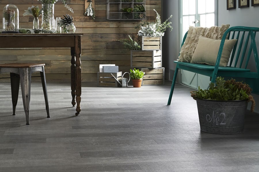 Vinyl floor installation in Sibley, IA from Northwest Décor & TC Home Furnishings