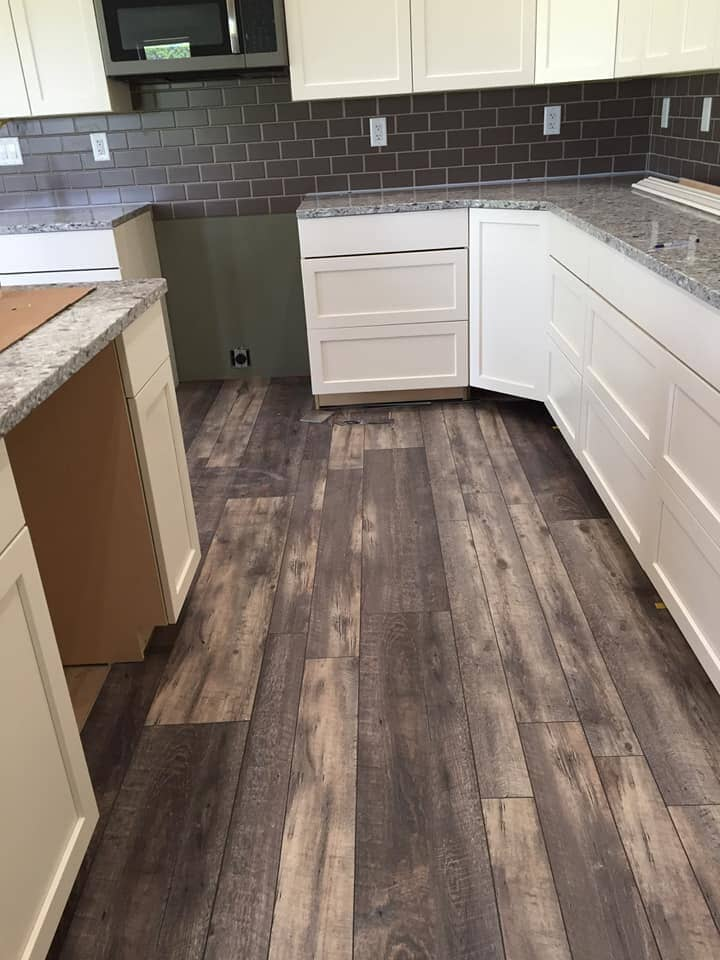 Wood look kitchen flooring in Convoy, OH from Carpet Wholesalers