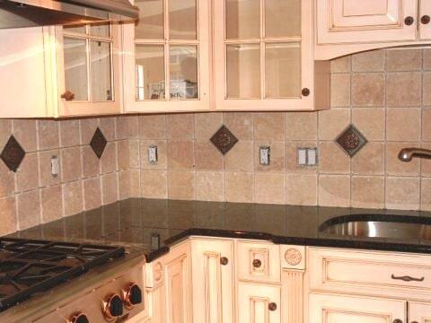 Classic tile backsplash in Glastonbury, CT from Custom Floors