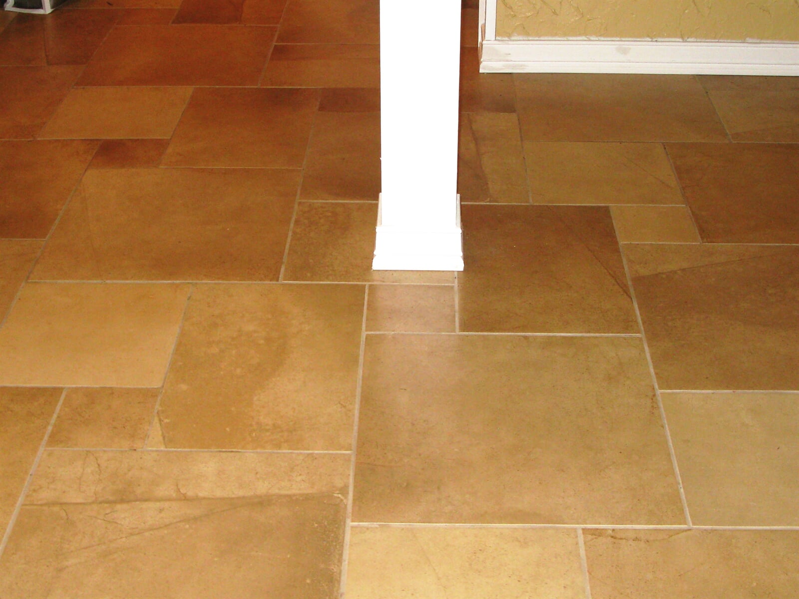 Classic tile floors in Cromwell, CT from Custom Floors