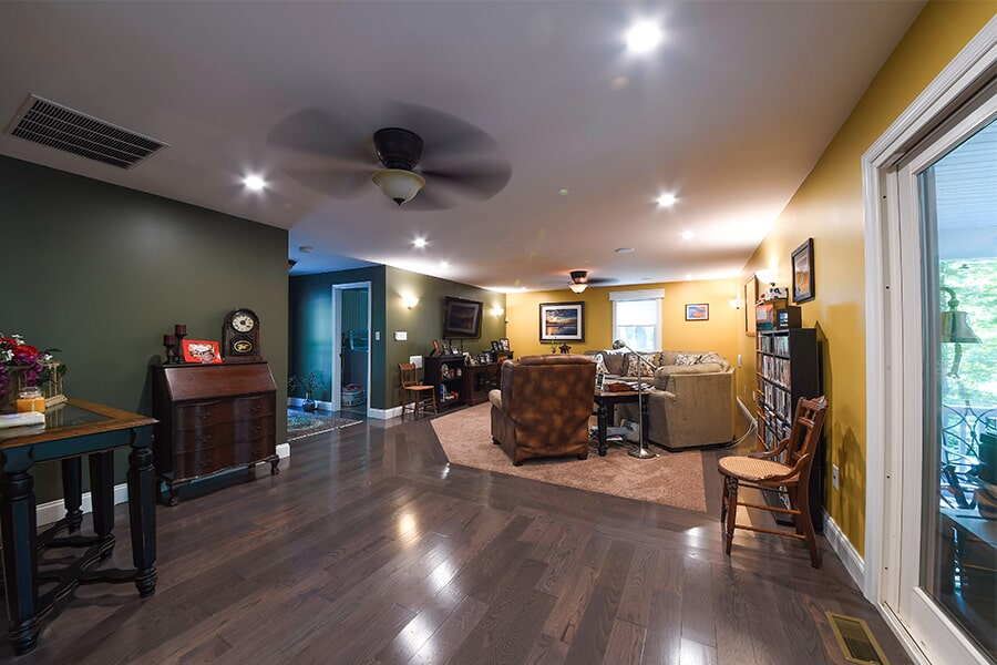 The California, MD area's best hardwood flooring store is Southern Maryland Kitchen Bath Floors & Design