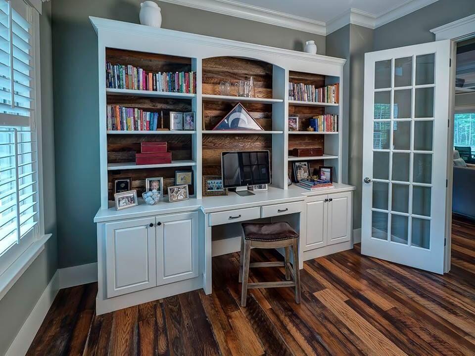 Multi-tone flooring in Beaufort, SC from Specialty Flooring