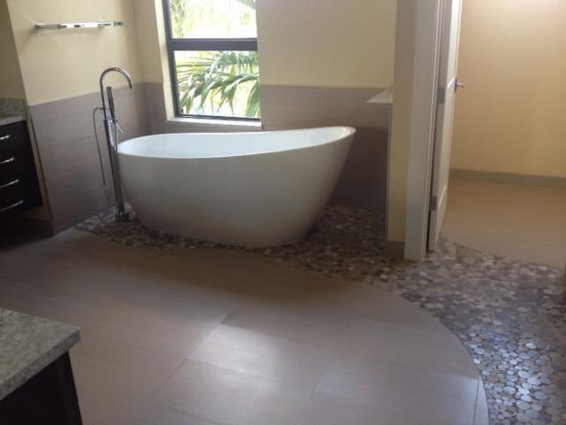 porcelain & bath (4)