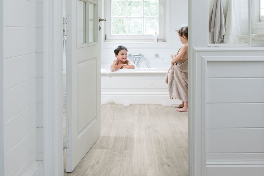 The Stamford, CT area's best laminate flooring store is Classic Carpet & Rug