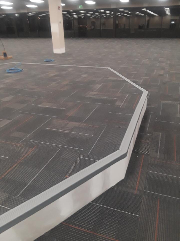 COMMERCIAL CARPET TILE STAGE