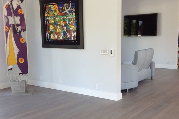 The New York, NY area's best laminate flooring store is Sota Floors