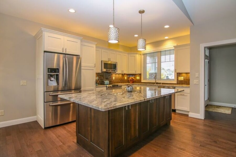Custom kitchens in Burke, WI from Bisbee's Flooring Center