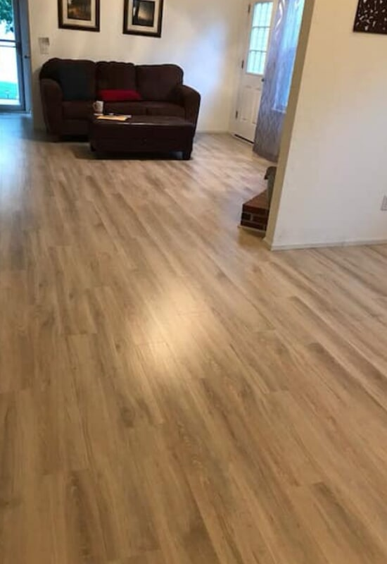 Kitchen and living room flooring installation in St. Charles County, MO by Hometown Floors Online