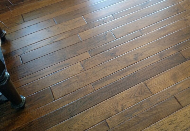 Varying width hardwood planks in St. Charles County, MO by Hometown Floors Online