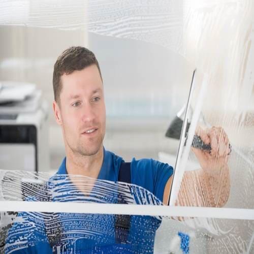Brazlimp Serviços e Conservação - Limpeza de Vidros