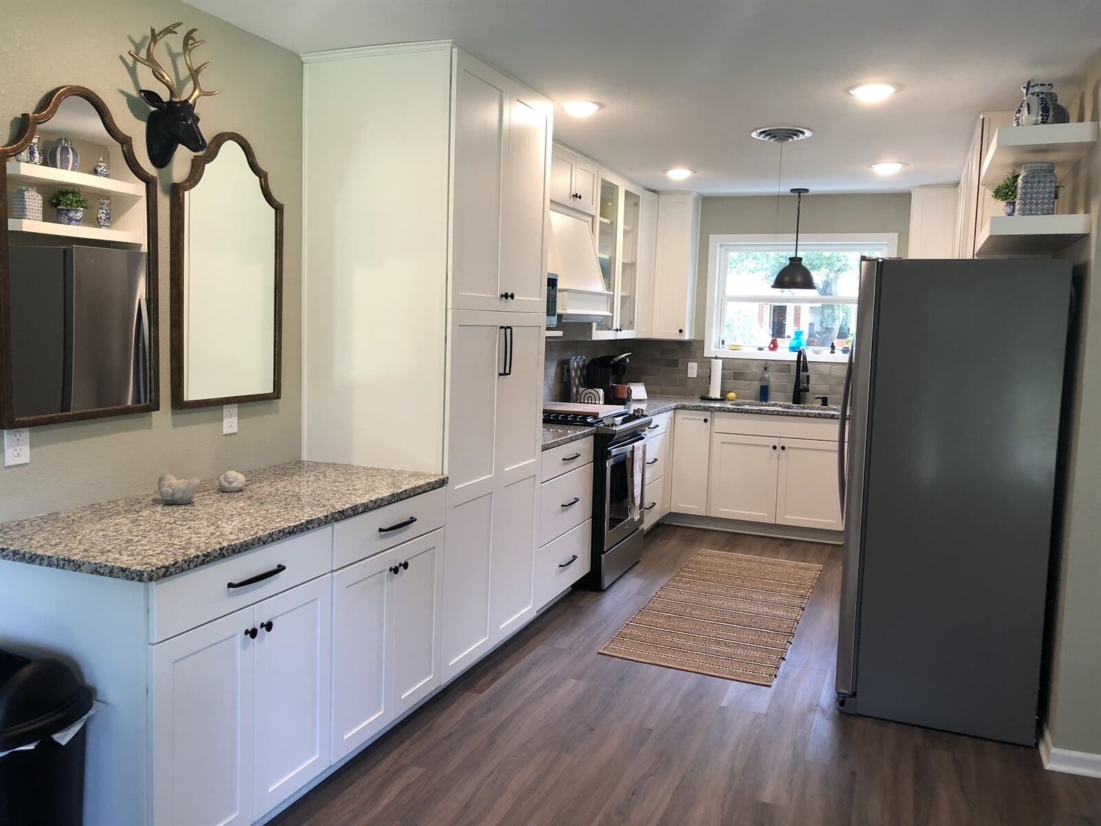 Kitchen remodeling in Surface Source Design Center