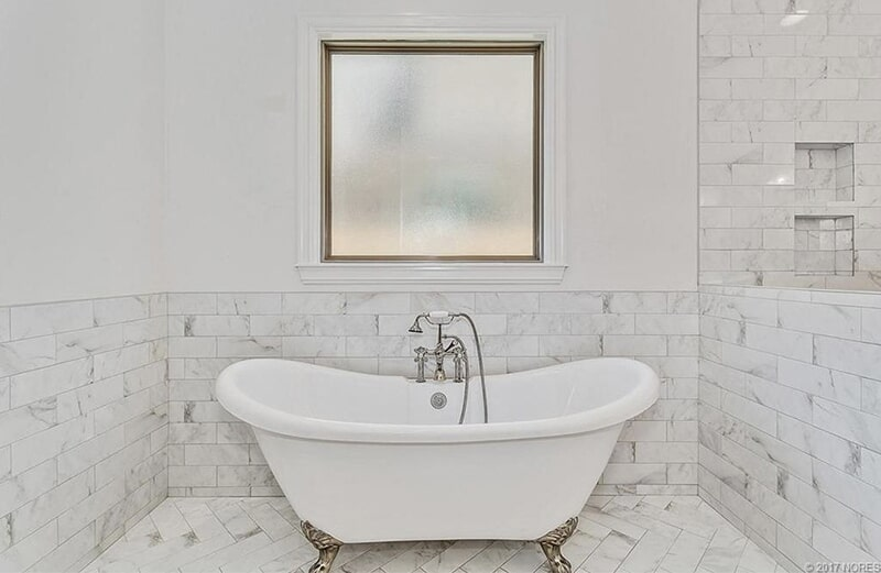Bathroom tile in Tulsa, OK from Superior Wood Floors & Tile