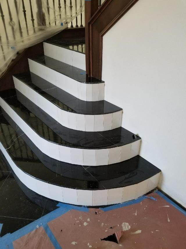 Marble_Stairs_2
