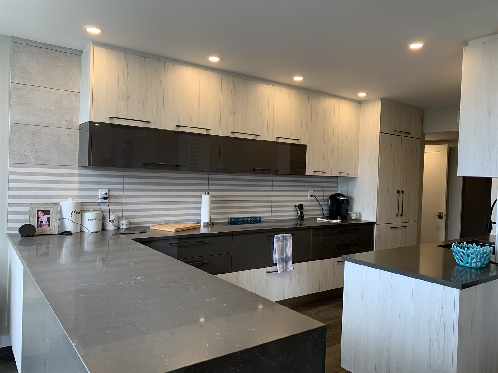 Custom kitchens in Siesta Key, FL by Floors and Walls of Distinction