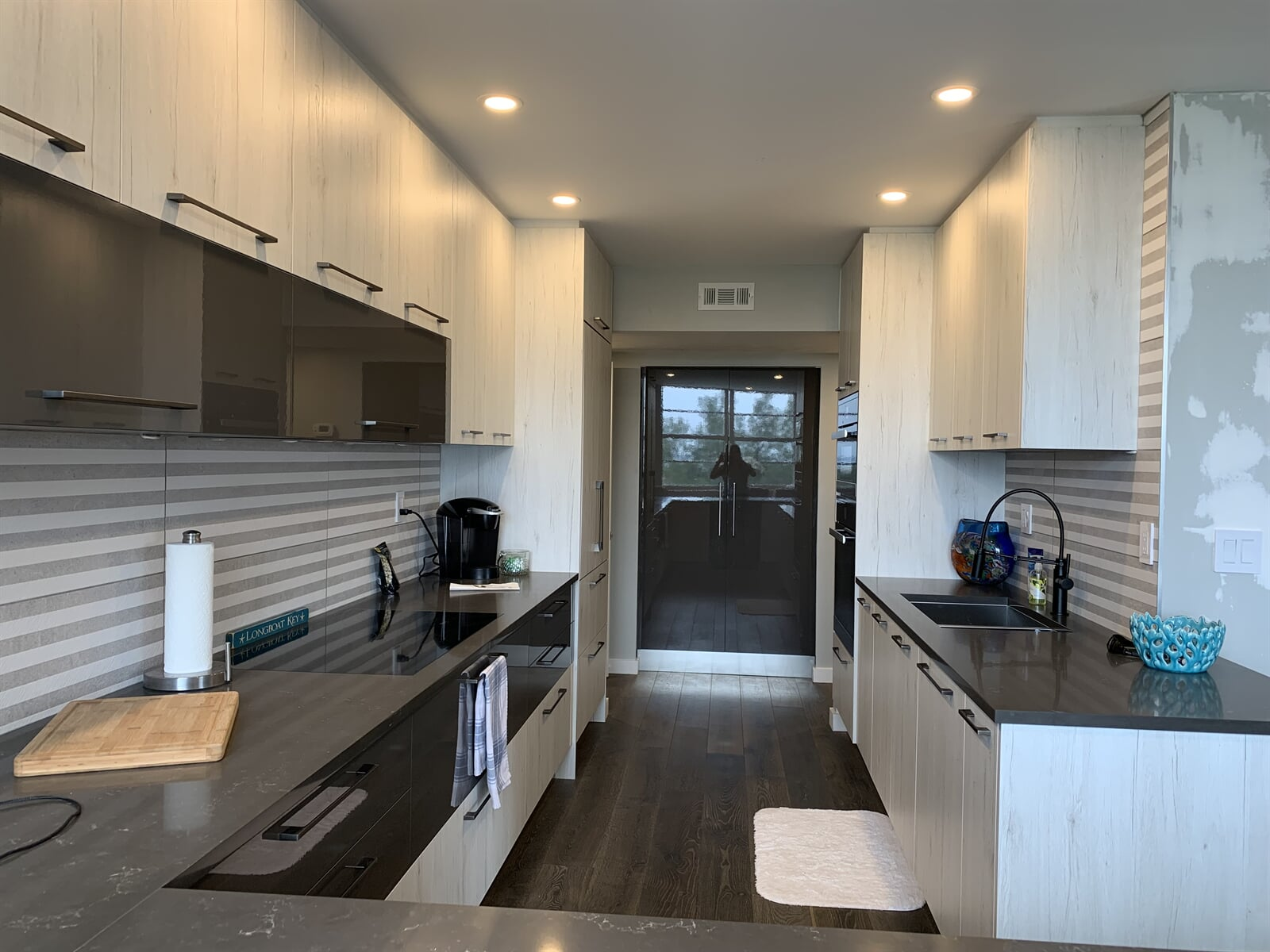Custom kitchens in Casey Key, FL by Floors and Walls of Distinction