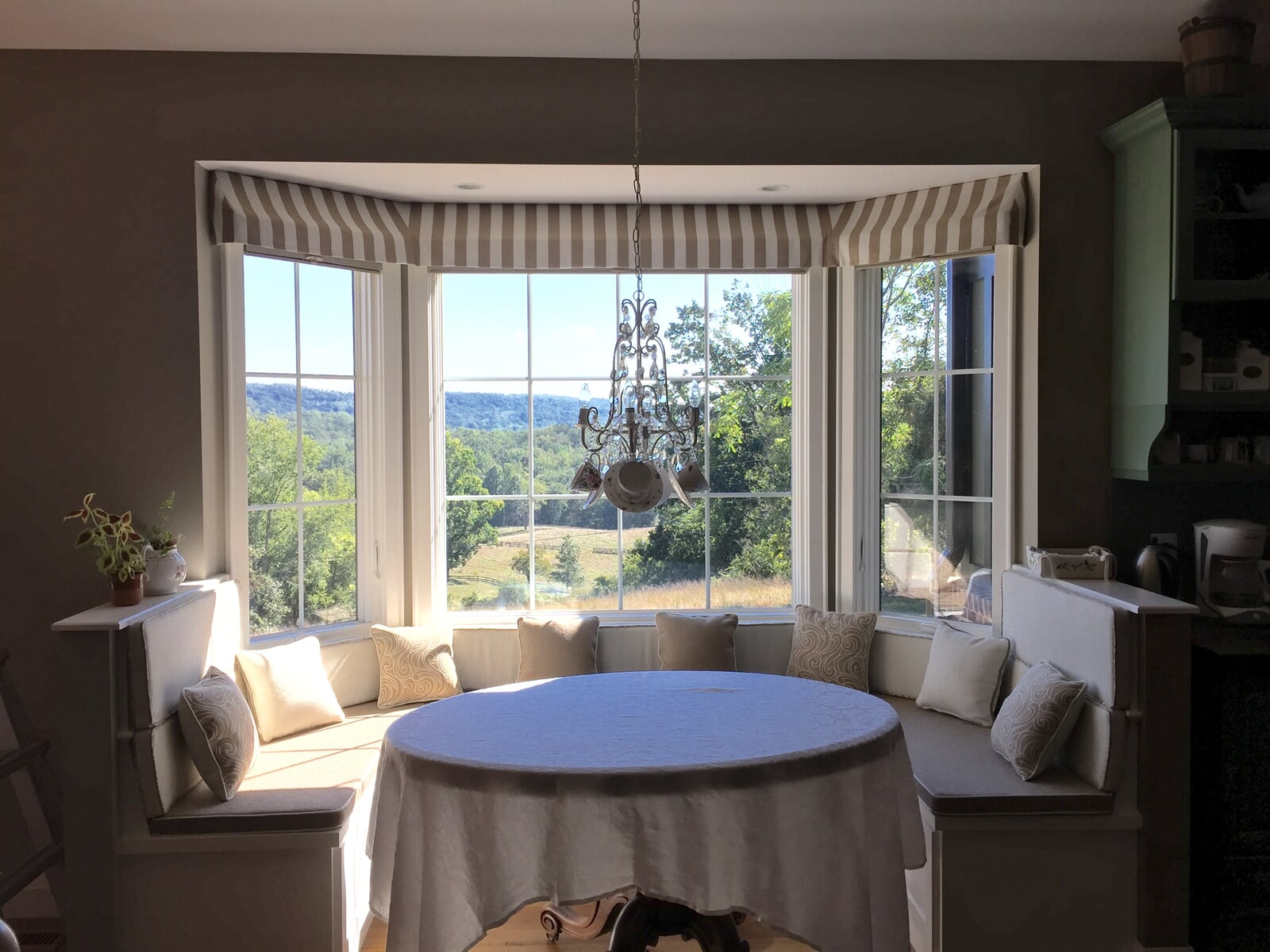 Beautiful custom window treatments in Culpeper, VA from Early's Flooring Specialists & More