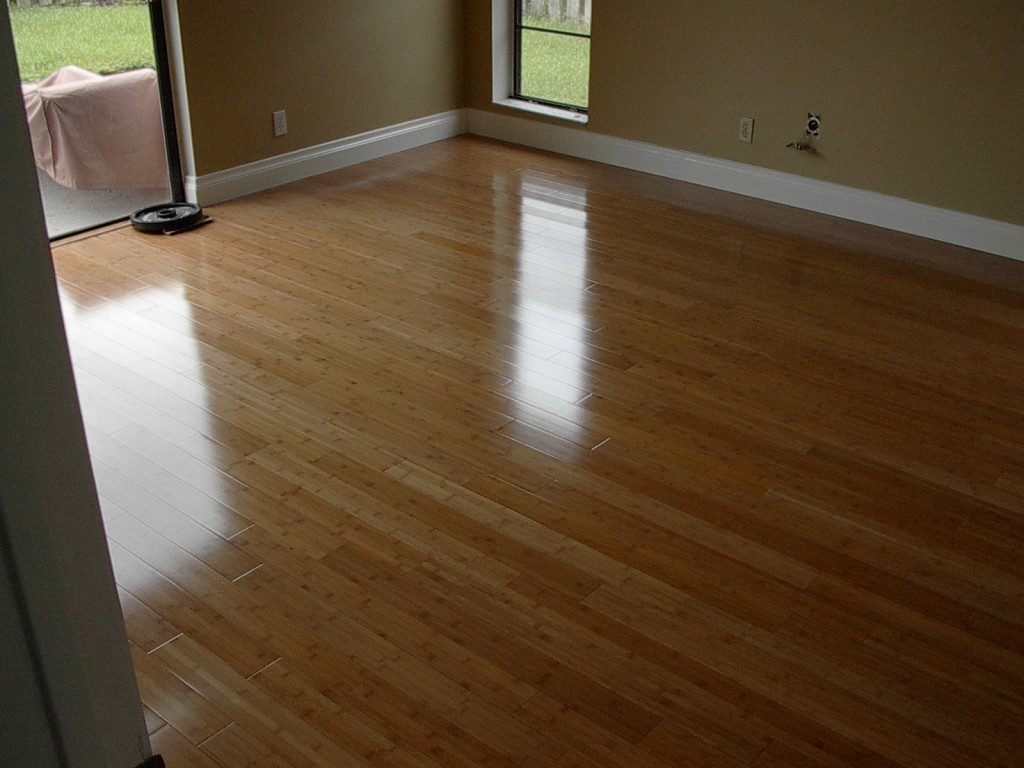 Classic hardwood look with laminate flooring in Weston, FL from Daniel Flooring