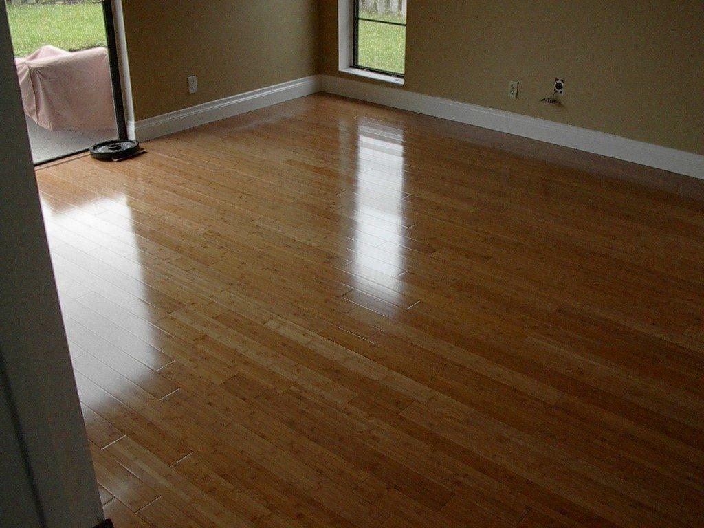 Classic hardwood look with laminate flooring in Weston, FL from Daniel Flooring