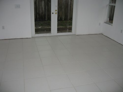 Classic white tile flooring in Hollywood, FL from Daniel Flooring