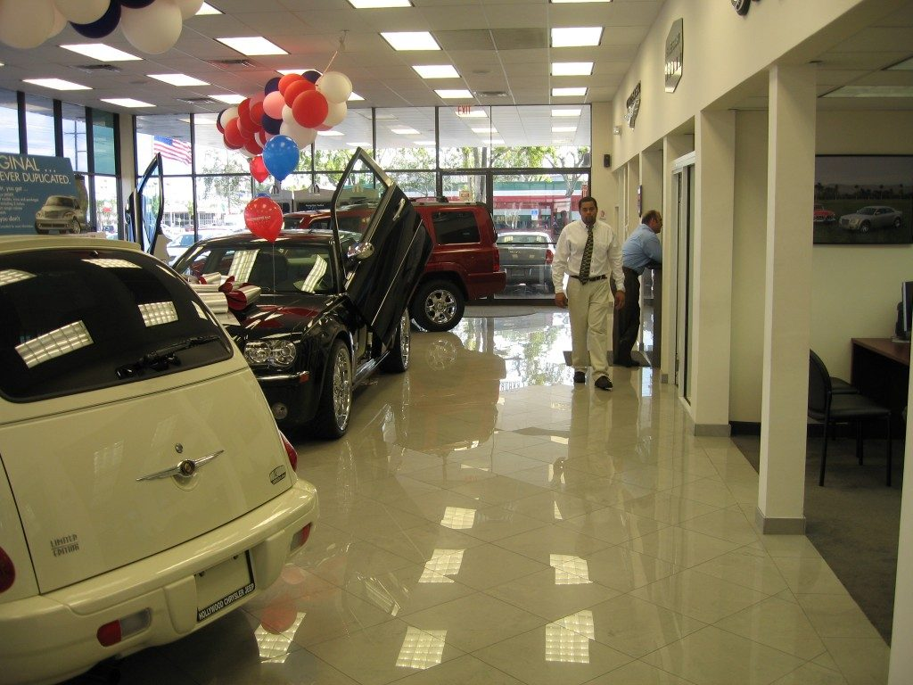 Marble tile in a commercial application from Daniel Flooring