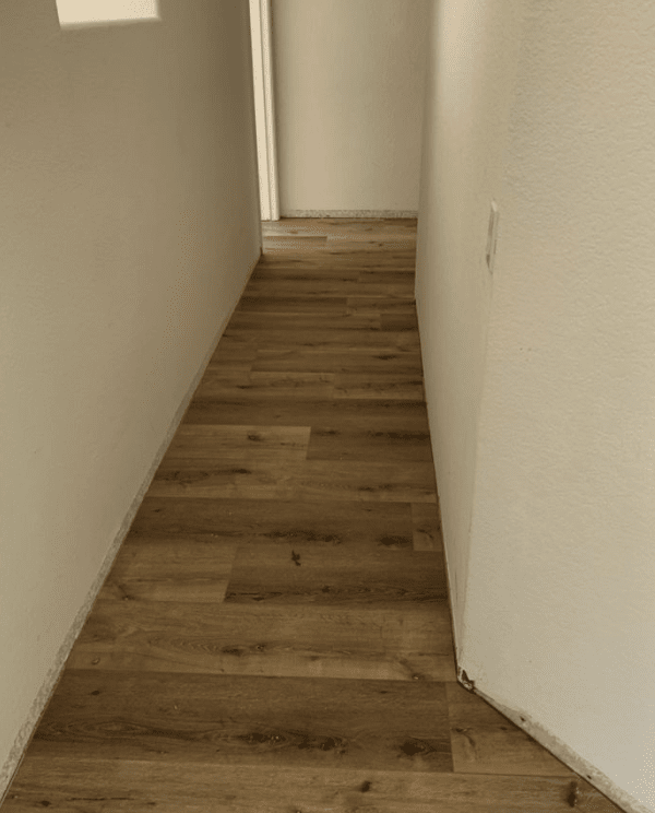 Professionally installed flooring in tight space in Castaic, CA from Dave Walter Flooring Kitchens and Baths