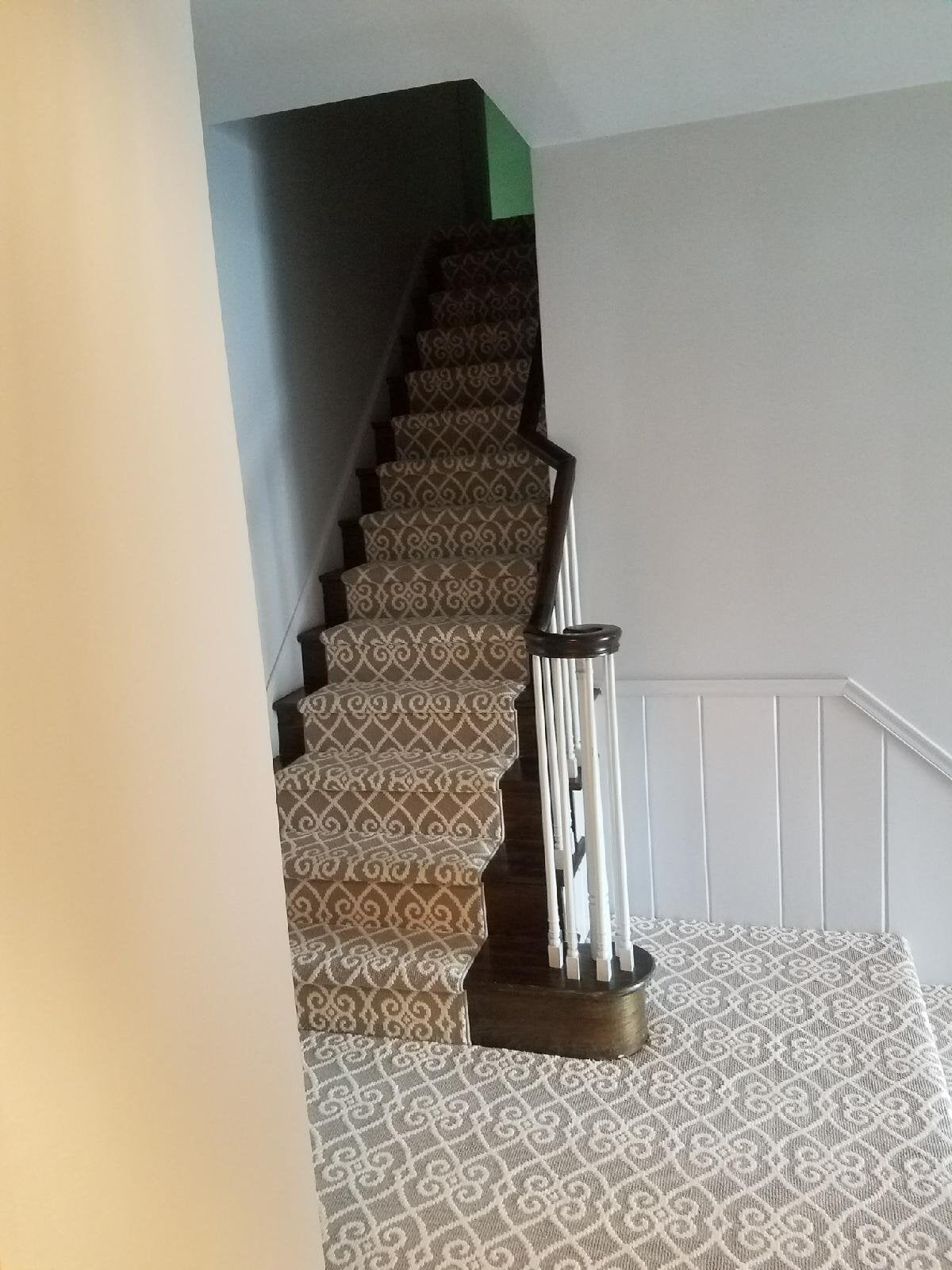 Carpet installed in tight spaces with ease by Reinhart Carpet Outlet
