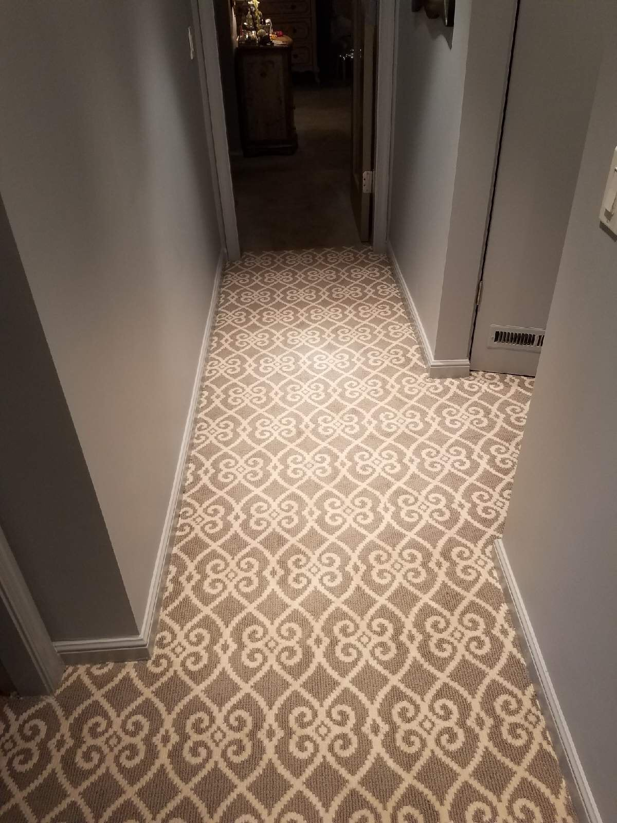 Professional carpet installation in Hatboro, PA from Reinhart Carpet Outlet