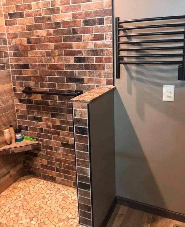 Custom shower renovation from Artizan Flooring in Lakeville, IN
