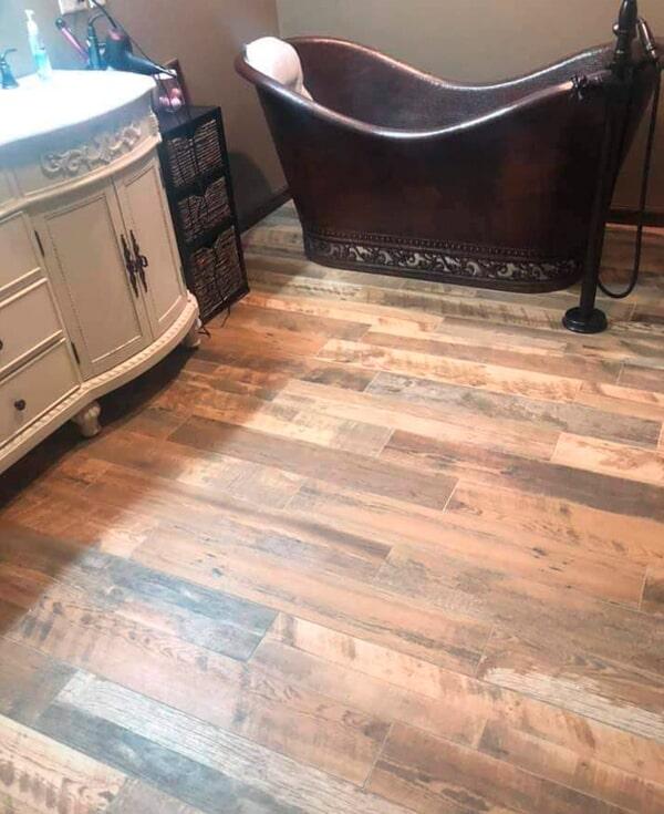 Waterproof bathroom flooring from Artizan Flooring in Culver, IN