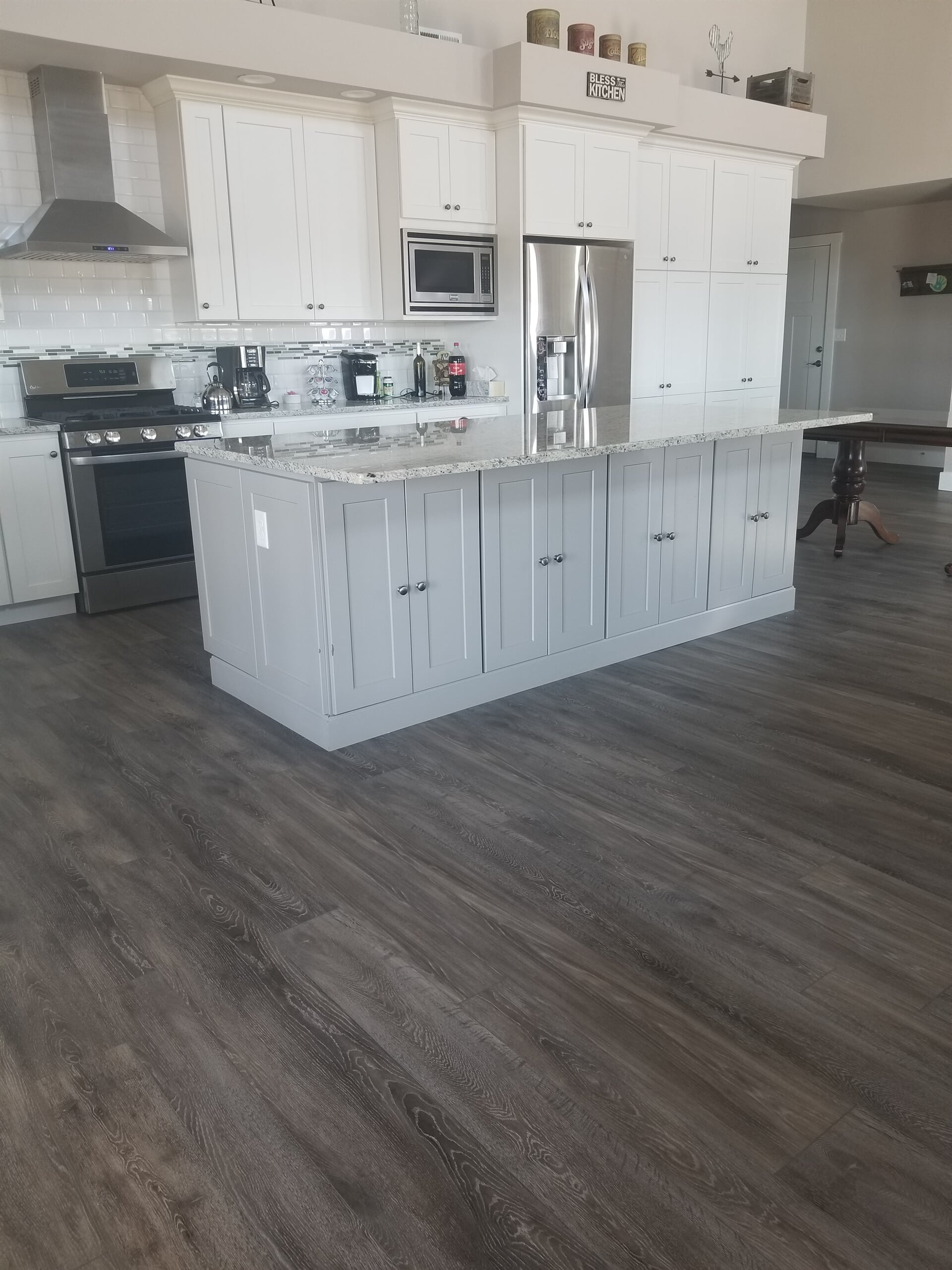 Beautiful kitchen renovation in Pueblo, CO from Mountain View Flooring