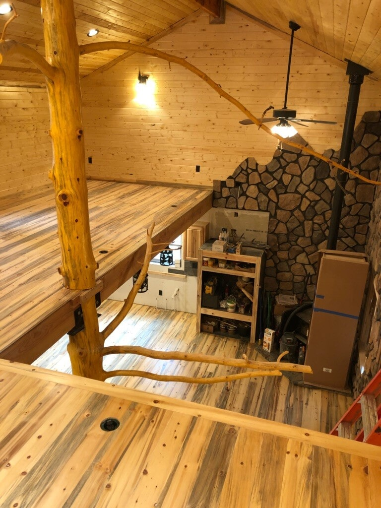 Beautiful wood home with natural flooring in Westcliffe, CO