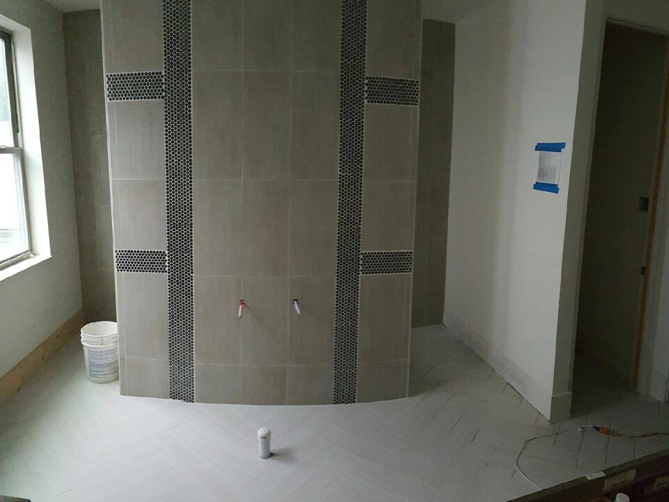 Custom bathroom renovation in Baytown, TX from Baytown Floors