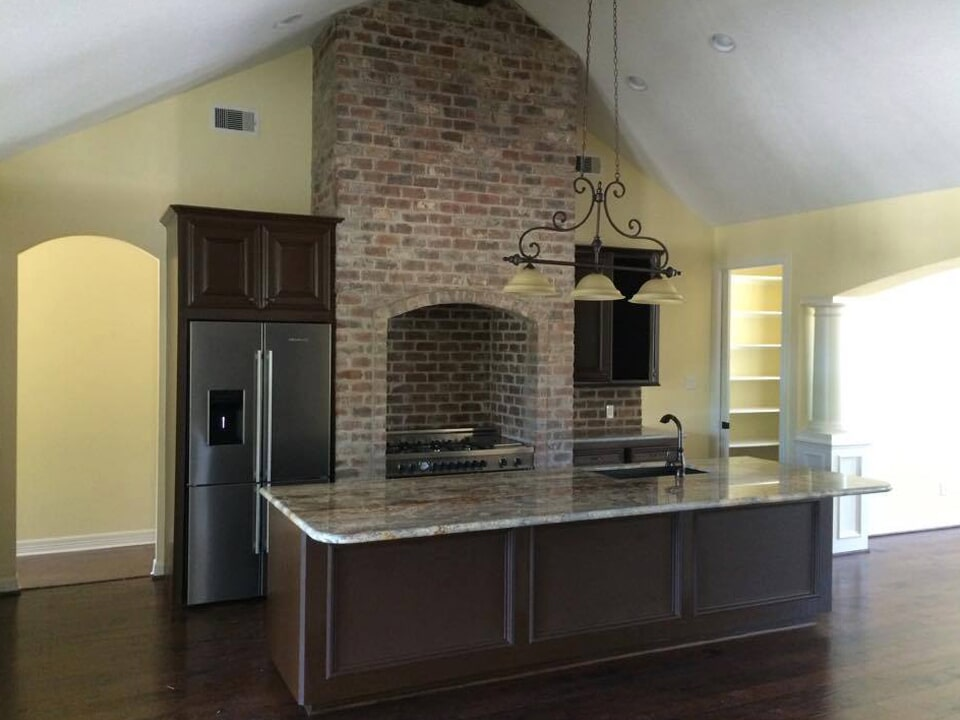 Kitchen with custom brickwork in Pasadena, TX from Baytown Floors
